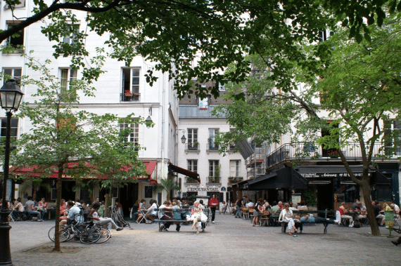 Les 10 plus jolies places de village de paris - Cuisine et confidences place du marche saint honore ...