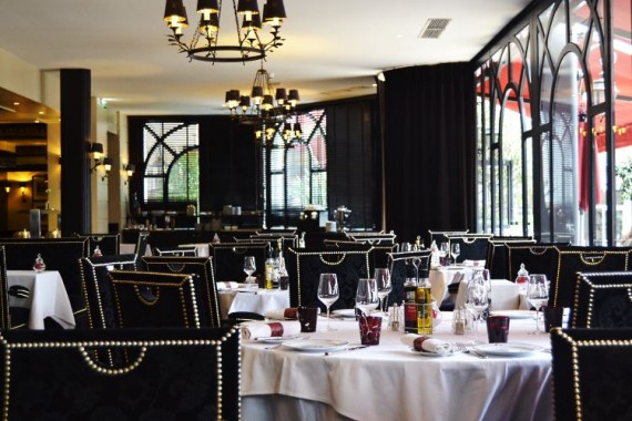 Fouquets-restaurant-Cannes