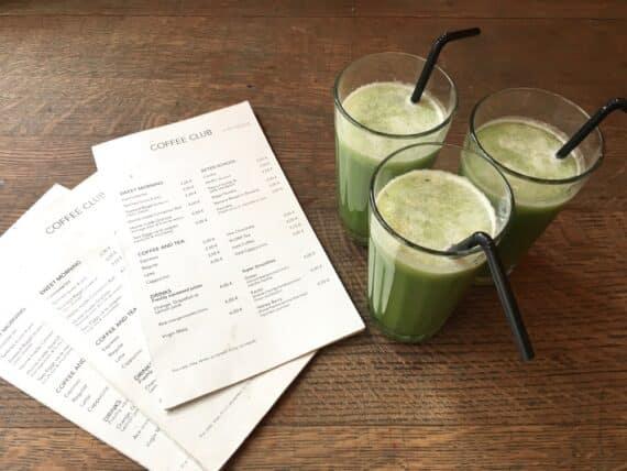 Smoothies Green (concombre/pomme/citron/menthe fraîche)