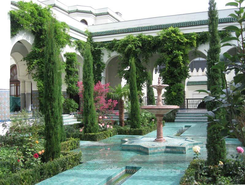 10 jardins paris que vous aimerez pour leur charme for Jardin hispano mauresque