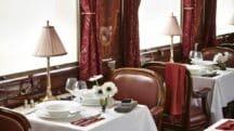 Embarquez à bord de l'Orient Express pour un dîner d'exception