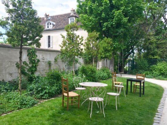 Jardins Renoir Montmartre 14