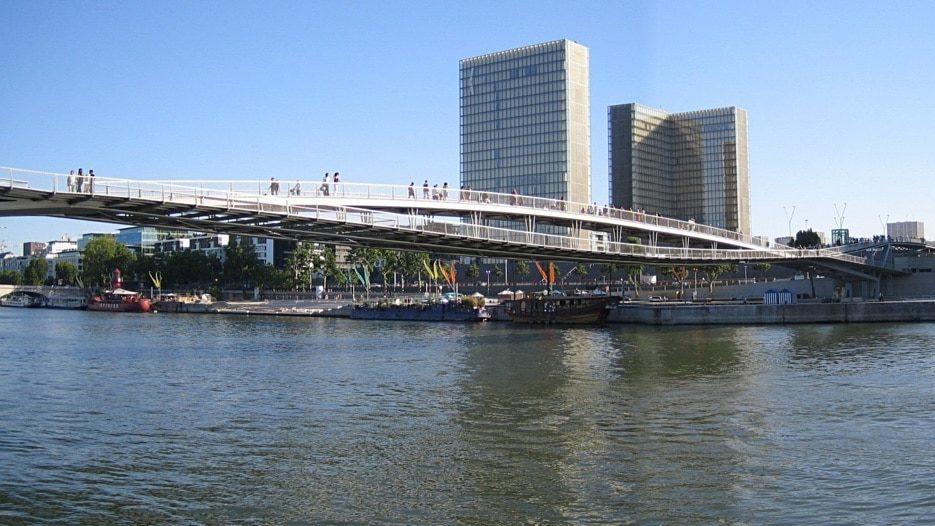 10 ponts et passerelles pour une promenade inoubliable à Paris