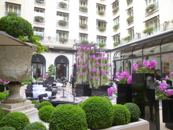 Restaurant Le george Four seasons paris 1