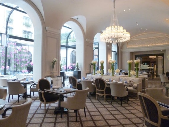 Restaurant Le george Four seasons paris 10