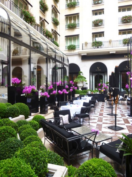 Restaurant Le george Four seasons paris 2