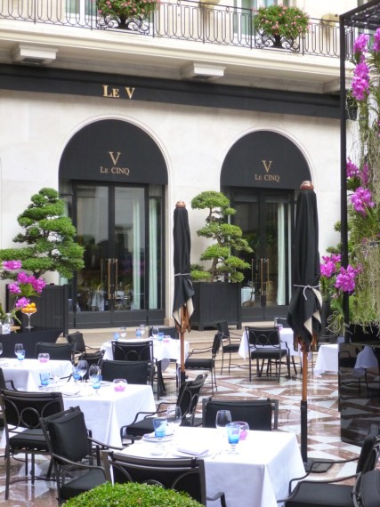 Restaurant Le george Four seasons paris 3