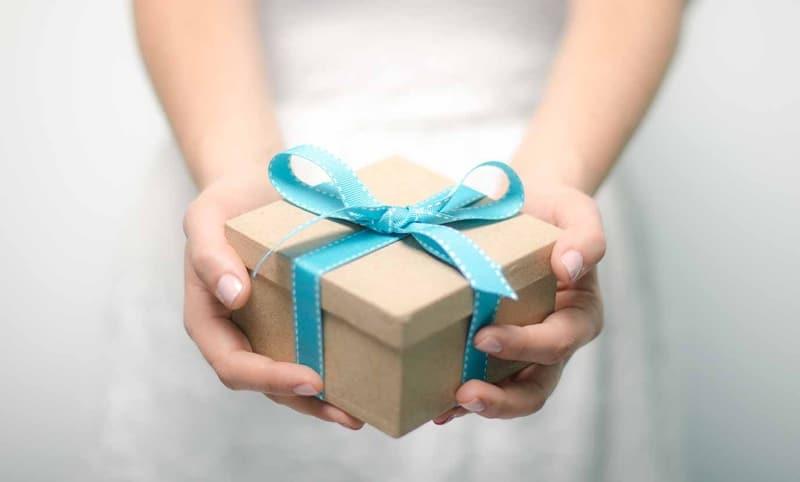 13 idées cadeaux fun, insolites et chics pour Noël