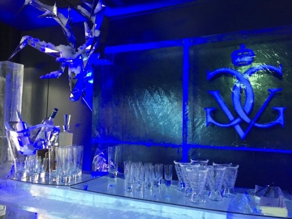 ice-lounge-bar-four-seasons-hotel-george-v-25