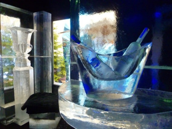 ice-lounge-bar-four-seasons-hotel-george-v-3