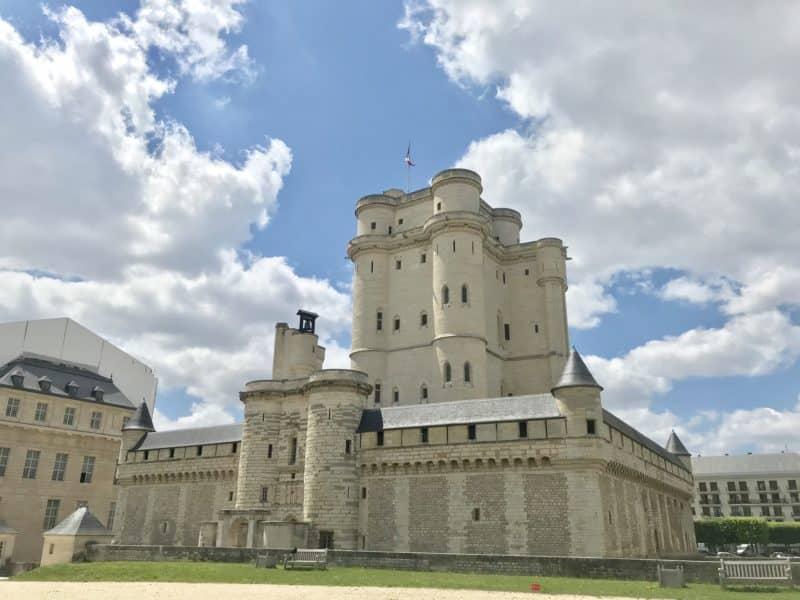 Partez à la découverte d' «Histoire(s) de graffitis» au Château de Vincennes !