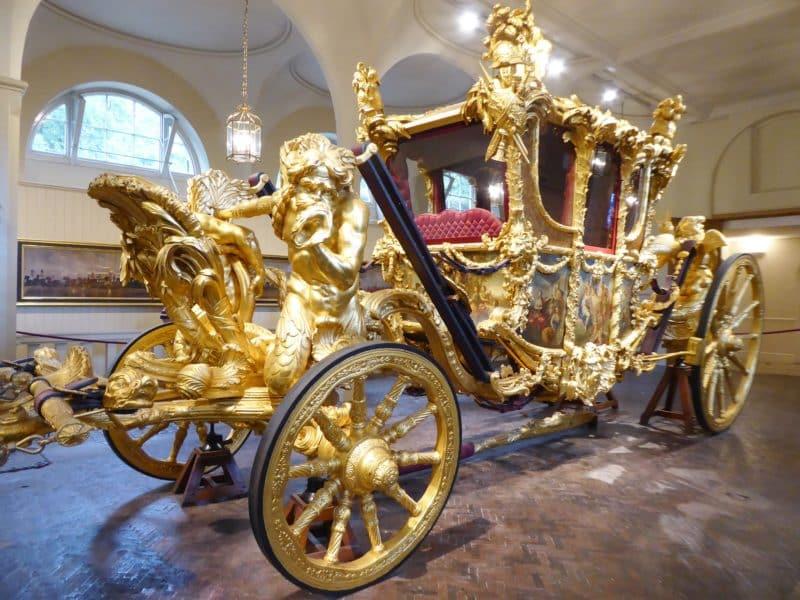 Voyagez à travers l'histoire avec les Royal Mews et la Household Cavalry