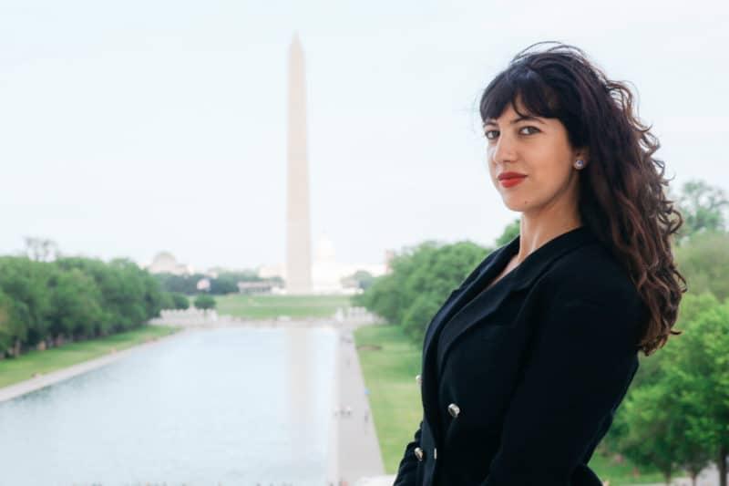 «Être sur le terrain en Égypte était une grande chance pour le début de ma carrière !» Sonia Dridi, journaliste à Washington